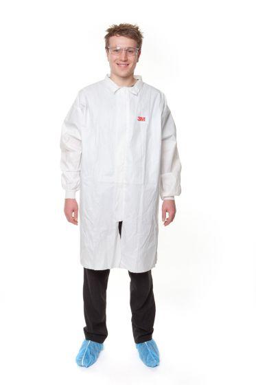 3M 4440 White Lab Coats - Zip Fastener -  Medium - Pack of 50