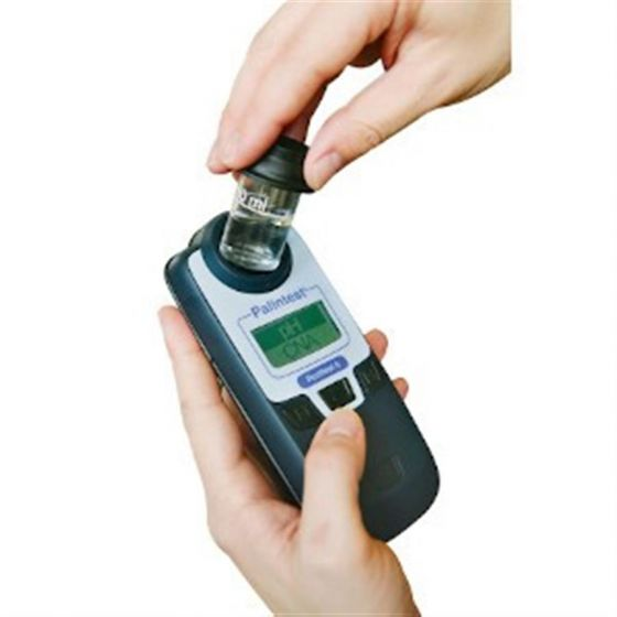 Pooltest 6 Photometer Extended Chlorine Range 0-10 ppm in Hard Case-SPH 006X-Camlab