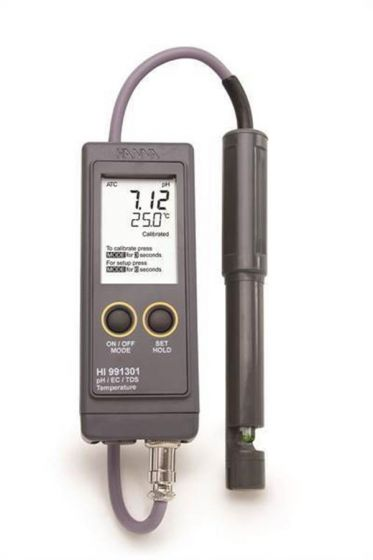 pH/EC/TDS/C combined meter in waterproof casing with probe and case.