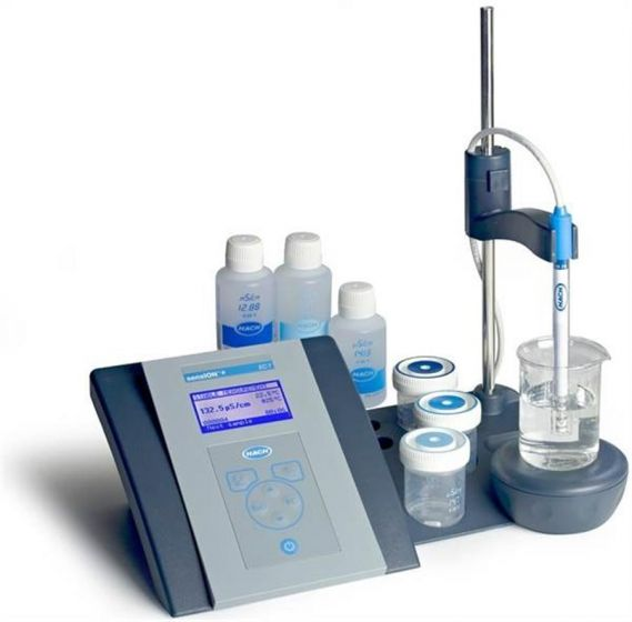 Hach Sension+ EC7 Conductivity Meter